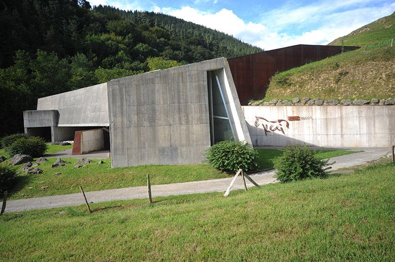 Ayer, 11 de septiembre, Ekainberri celebró diez años desde que abrió sus puertas por primera vez