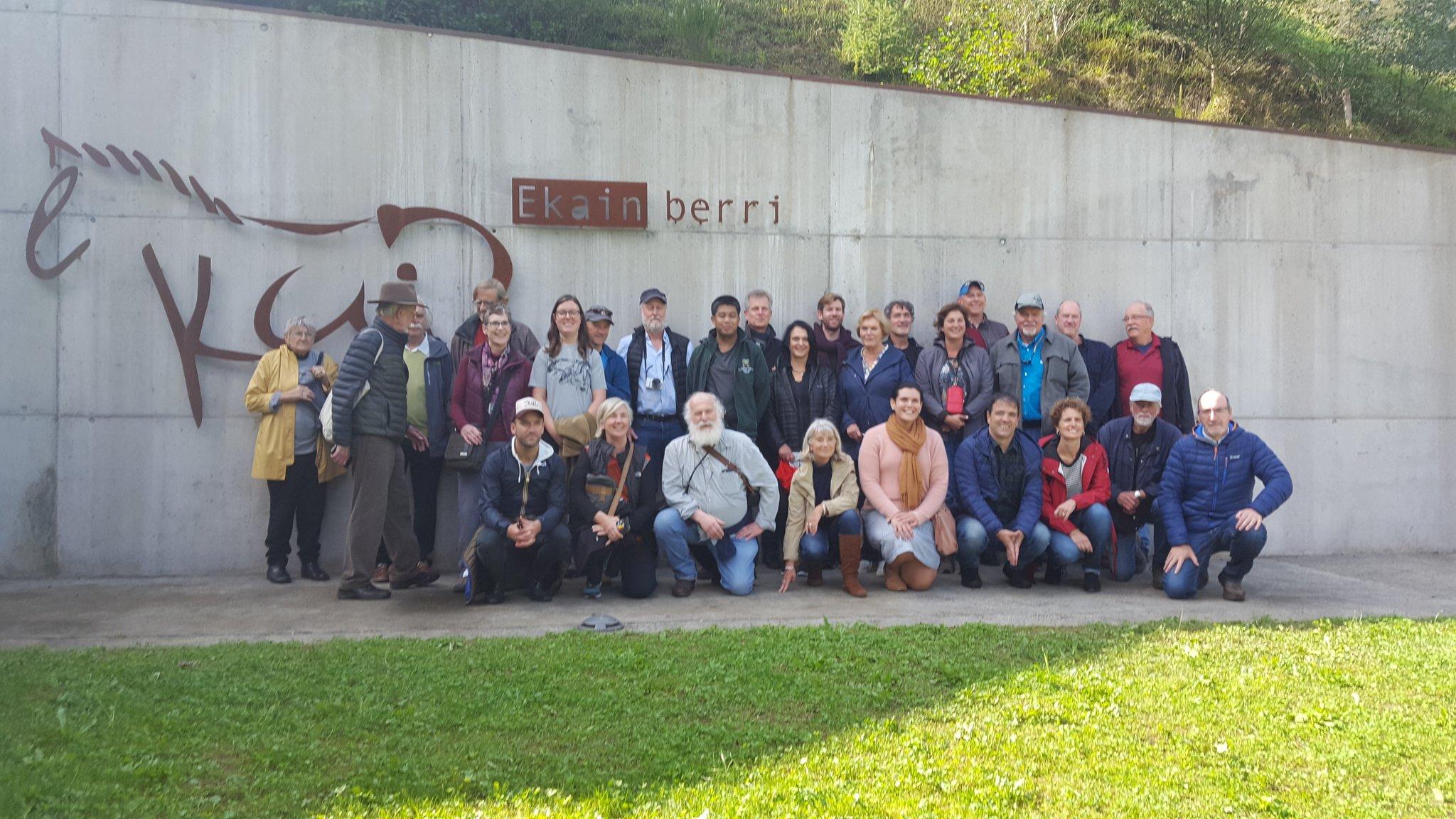 Ekainberri recibe la visita de expertos participantes en la III mesa redonda internacional de Rock Art Network (RAN)