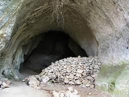 Grotte Huchard: grabados del Solutrense