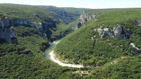 Grotte de la Cabre: Ardèche haraneko labar irudiak